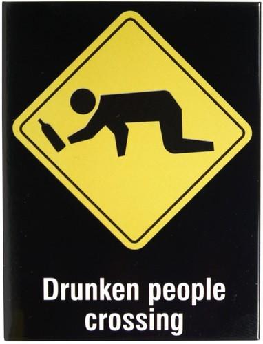 "Kühlschrank Metall Magnet ""Drunken People crossing"""