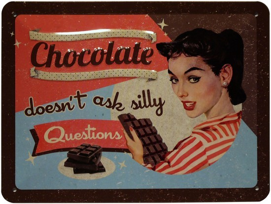 "Blechschild geprägt 15 x 20 cm ""Chocolate Girl"""